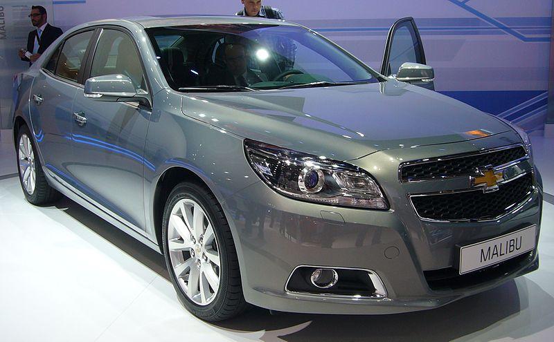 800px-Chevrolet_Malibu_%28front_quarter%