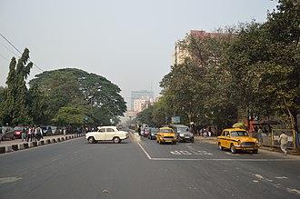 Transport in Kolkata - Chowringhee Road, Kolkata