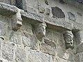 Clairavaux église modillons (1).jpg