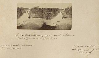 Vista estereoscopica da cascata da Princesa (Paulo Affonso) vista rio abaixo