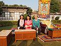 Con la regina madre del Bhutan.jpg