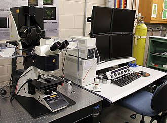 Center for Biofilm Engineering - Leica confocal microscope systems