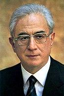 Francesco Cossiga, Ministro degli Interni nel governo Andreotti.