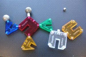 English: Magnetix toy with broken magnets from...