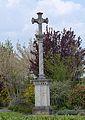 Croix à La Chapelle-de-Guinchay 2.JPG