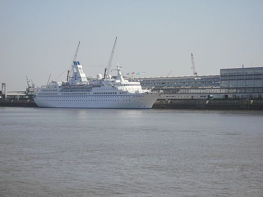 Cruise ship Astoria