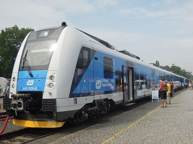 File:Czech Raildays 2012, ČD RegioPanter, 440 009-8 (03).jpg