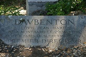 Louis-Jean-Marie Daubenton - Daubenton's grave in the gardens of the Museum of Natural History