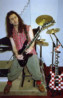 Dave Sharman English guitarist, singer-songwriter, multi-instrumentalist