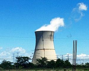 Davis–Besse Nuclear Power Station - Davis–Besse Nuclear Power Station's cooling tower in July 2015