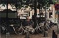 De fietsenstalling aan de Botermarkt. Aangekocht in 1997 van United Photos de Boer bv. - Negatiefnummer 43094 kc 27. - Gepubliceerd in het Haarlems Dagblad van 07.08.1996. Identificatienumme, NL-HlmNHA 54036380.JPG