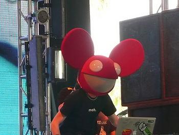 Deadmau5 live at Coachella 2008. Español: Dead...