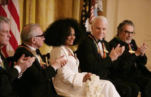Diana Ross is applauded by her fellow Kennedy Center honorees
