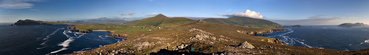 Dingle peninsula panorama crop.jpg