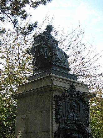 Dr Barnardo's Memorial - Image: Dr Barnardo's Memorial (1)