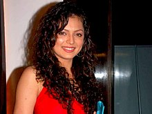 Drashti Dhami at Star One's 'Dill Mill Gayye' party.jpg