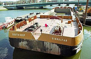 English: Dredging barges, River Lagan, Belfast...
