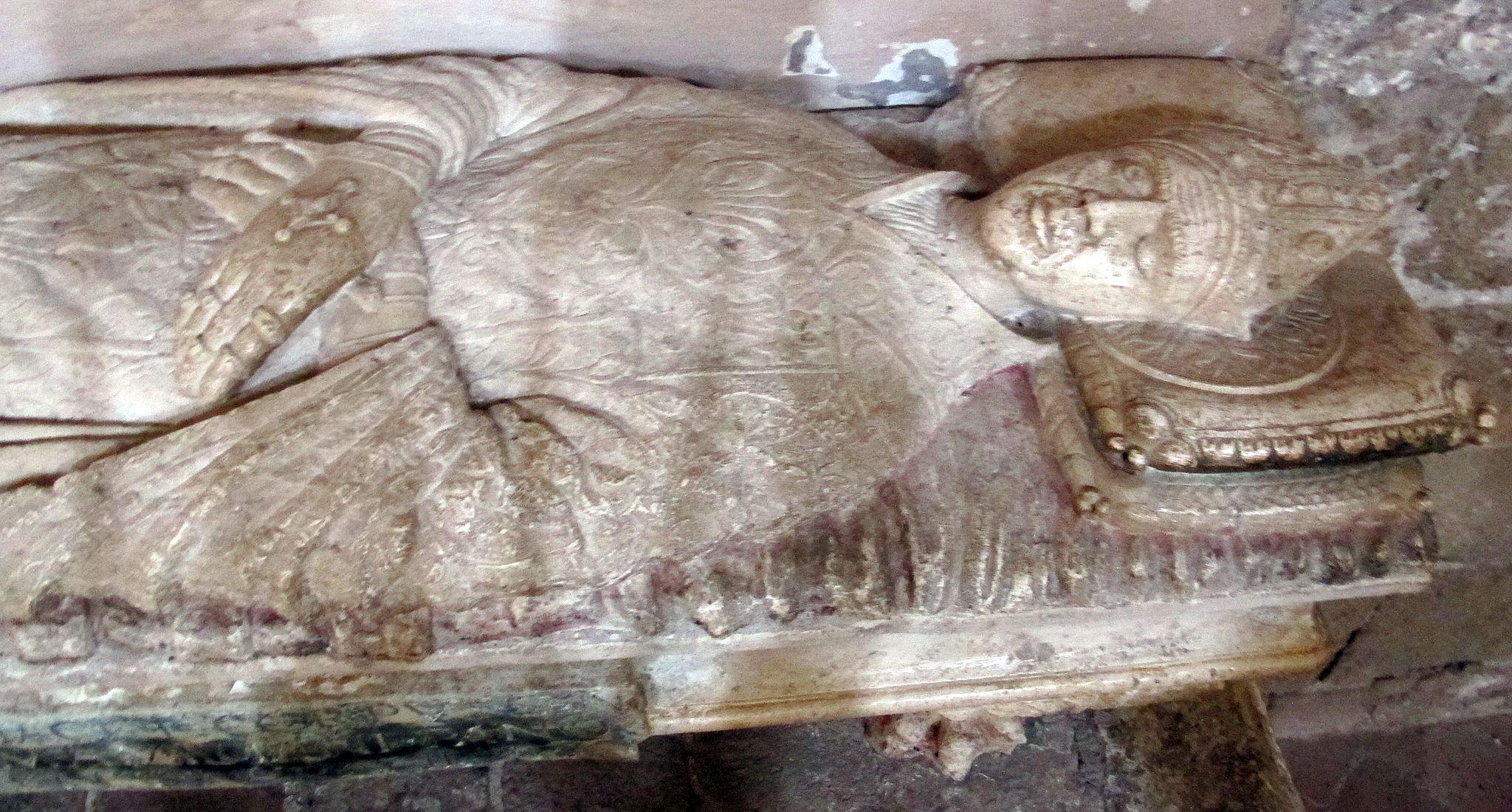 Il duomo di aIl duomo di Sovana, tomba di San Mamiliano vana, tomba di San Mamiliano
