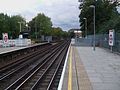 East Putney stn District look south to junction.JPG