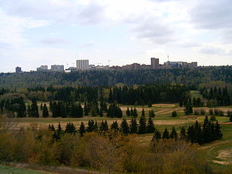 North Saskatchewan River valley parks system - Looking south over the North Saskatchewan River valley, with a view of Victoria Golf Course and the University of Alberta