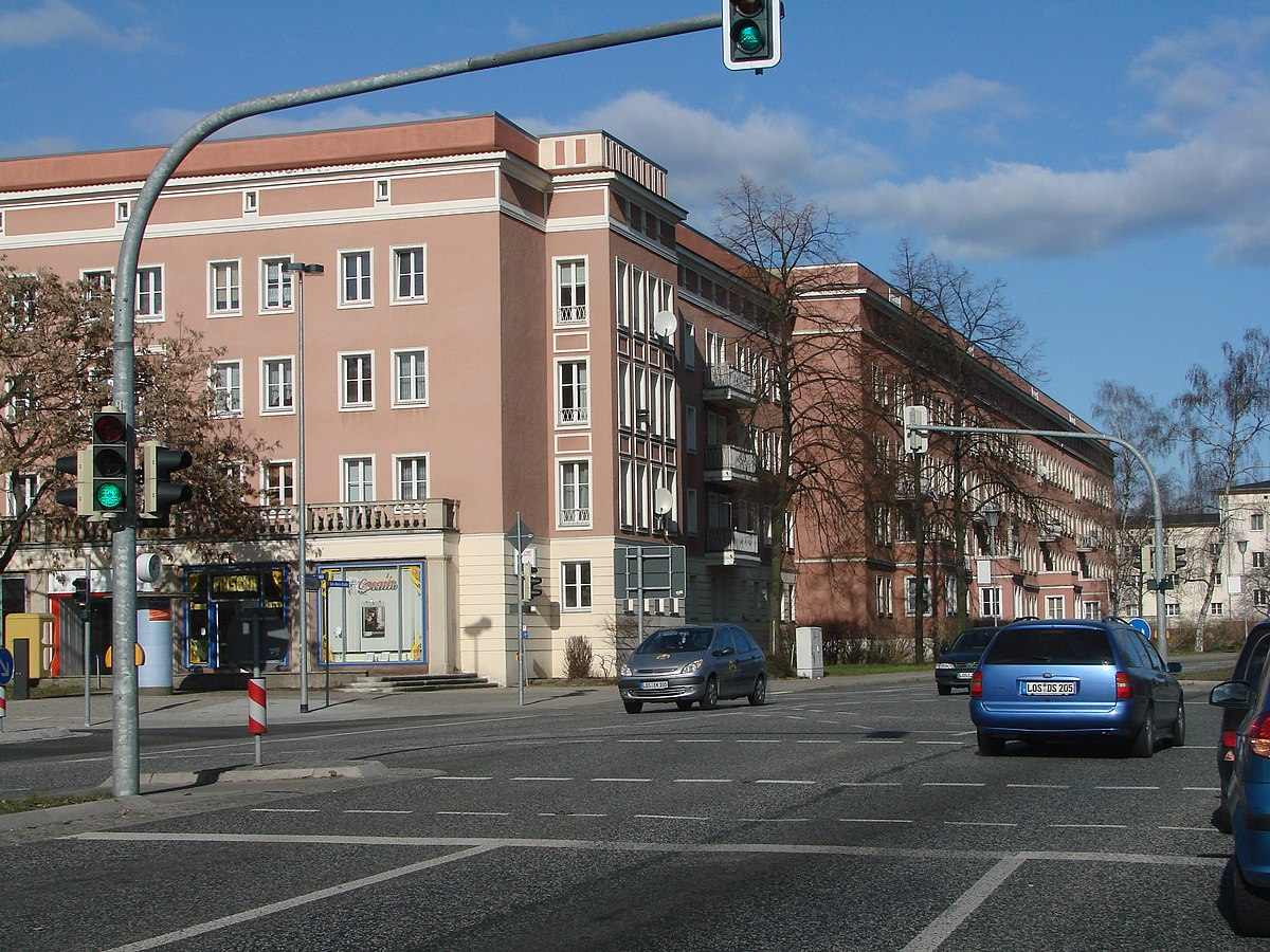 eisenh u00fcttenstadt  u2013 travel guide at wikivoyage