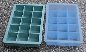 Silicone - Ice cube trays made of silicone.