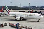 Emirates Boeing 777-21H A6-EMD (26756017010).jpg