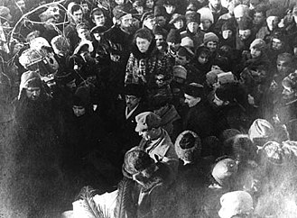 Peter Kropotkin - Kropotkin's friend and comrade Emma Goldman, accompanied by Alexander Berkman, delivers a eulogy before crowds at Kropotkin's funeral in Moscow.