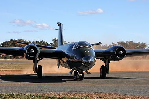 English Electric Canberra TT.18, Temora Aviation Museum JP6284998