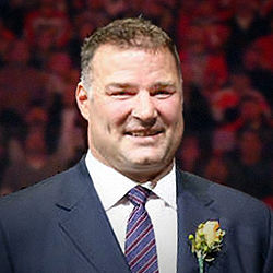 Eric Lindros 2014.jpg