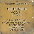 Erinnerungsstein für Siegfried Vogel.jpg