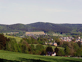 Elster Mountains - Cone-shaped hills near Erlbach