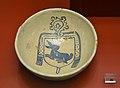 Escudella amb l'escudet abacial d'un abat de Poblet, Museu de ceràmica de València.JPG