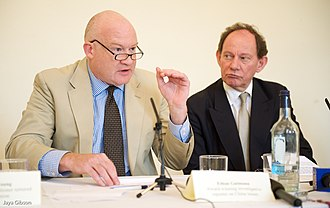 Edward McMillan-Scott - Edward McMillan-Scott and Ethan Gutmann in press conference, 2009