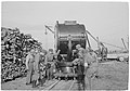 Evacuation of a searchlight in Mäkiluoto in 1944 (SA-kuva 163961).jpg