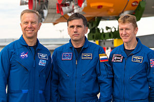 Soyuz TMA-19M - Image: Expedition 44 Rollout (201507200016HQ) cropped