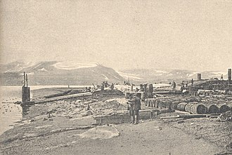 History of whaling - Photo of a working whaling station in Spitzbergen, Norway, 1907