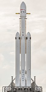 Falcon Heavy cropped (ITN).jpg