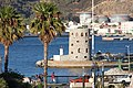 Faro del Club Nautico, Ceuta.jpg