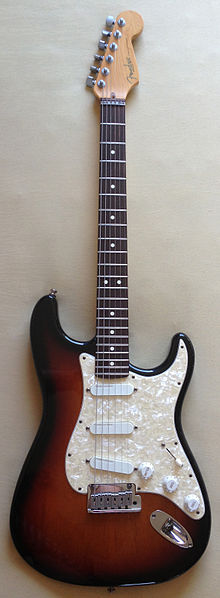 File:FenderStratocasterPlus.jpg