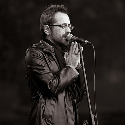 Picture of a band or musician: Feridun Düzağaç