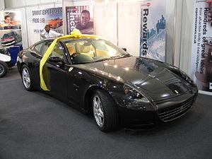 Ferrari 612 Scaglietti - Flickr - robad0b.jpg