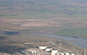Coryton Refinery - Coryton flare stack in 2007