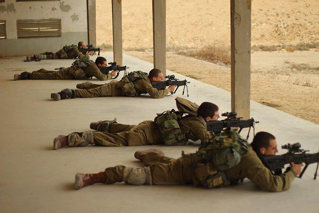 "لواء ناحال الاسرائيلي ..........חטיבת הנח""ל 1024px-Flickr_-_Israel_Defense_Forces_-_Nahal%27s_Special_Forces_Conduct_Firing_Drill_%289%29"