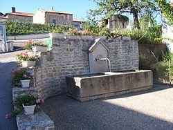 Fontaine clerey.jpg