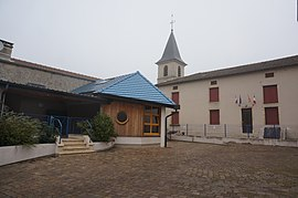 The town hall and church in Fontenoy-sur-Moselle