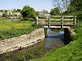 Footbridge over River Avon - geograph.org.uk - 488674.jpg