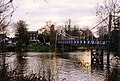 Footbridge over the Thames at Teddington Lock - geograph.org.uk - 363845.jpg