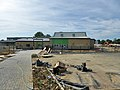 Forge Wood Primary School (geograph 5517122).jpg