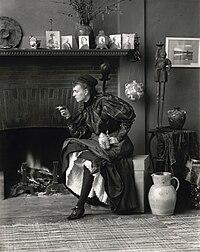 "Frances Benjamin Johnston, Self-Portrait (as ""New Woman""), 1896.jpg"
